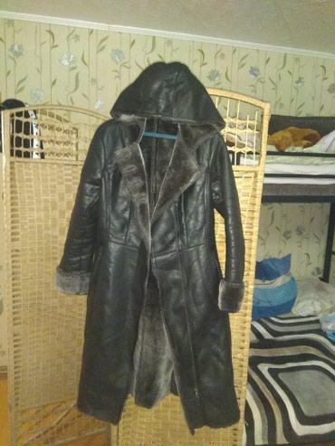 Женская дублёнка с капюшоном,чёрного в Бишкек