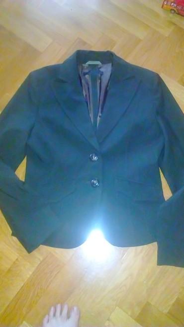 Nov sako strukuran lepo stoji vel.42 NOVO prodajem samo zato jer mi - Crvenka