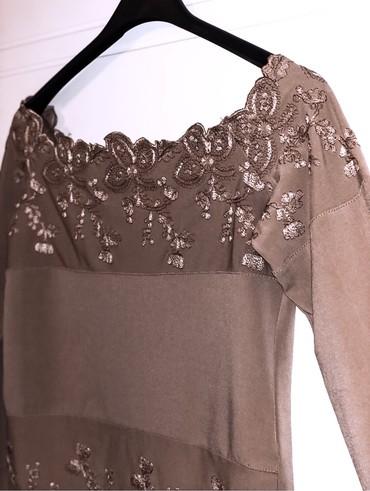 Braon bluza, u M veličini (elastin, poliester). Kao nova, bez - Kragujevac