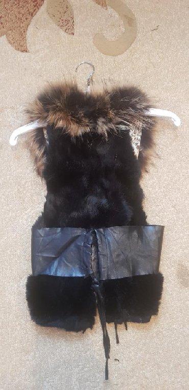 жилетка натуральный мех в Кыргызстан: Очень красивое, стильное жилетка натуральный мех размер s