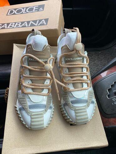 Женская обувь в Бишкек: Новые dolce&gabbana DG 37 размер Отдаю ниже себестоимости. Тренд