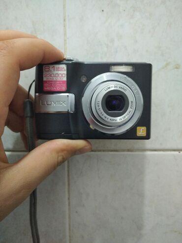 Panasonic Lumix Fotoparati ideal vəziyyətdə çox az işlənib aparat xoş