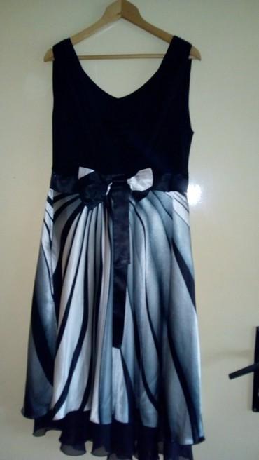 Prelepa haljinica univerzalna velicina - Knjazevac