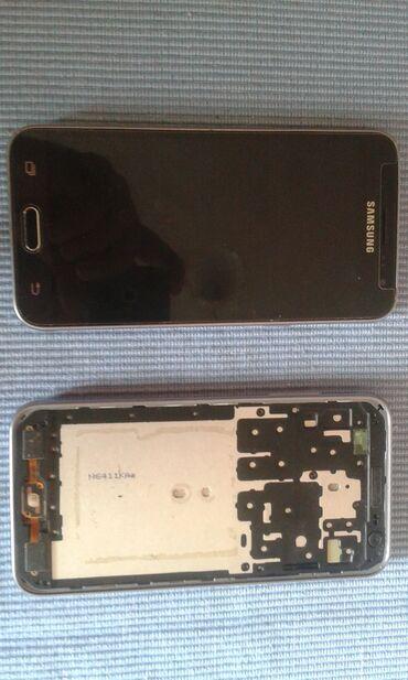 Mobilni telefoni - Ruma: Potrebna je popravka Samsung Galaxy J3 2016 8 GB crno