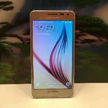 Samsung i8910 omnia hd gold edition - Srbija: Samsung Galaxy Alpha GoldOčuvan sa 2GB rama i 32GB interna