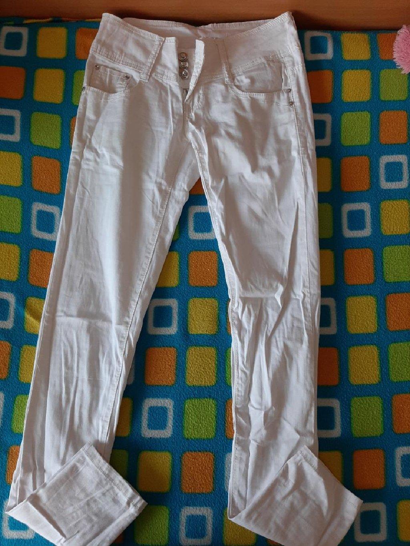 Bele pantalone, nenošene, veličina 26