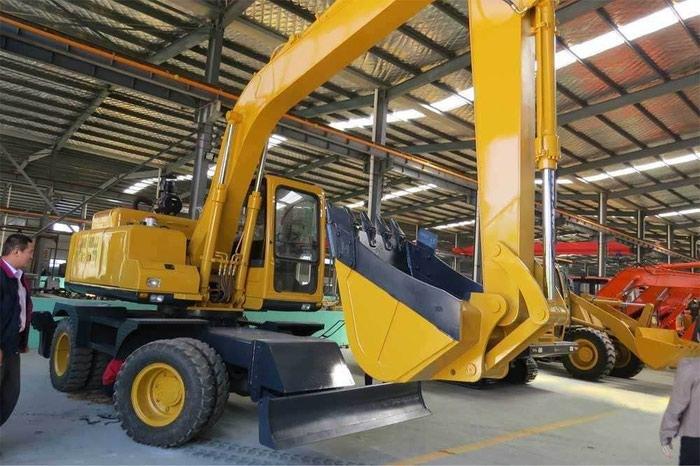 Спецтехника и грузовой транспорт из Китая пренимаем заказы .. Photo 3