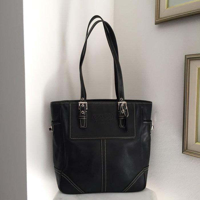 Coach New York Legacy μαύρη, δερμάτινη τσάντα. Photo 6