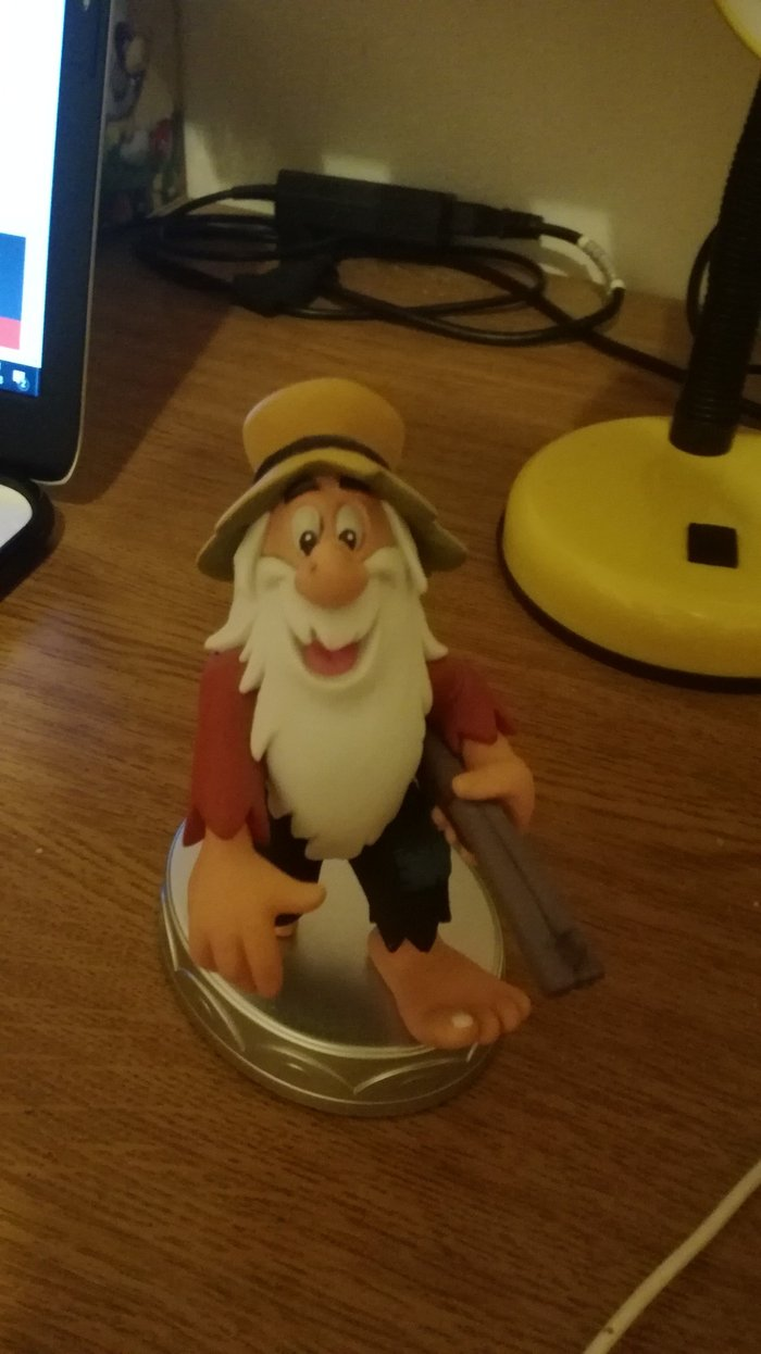 Hard Haid Moe's statuette from Deagostini's series Disney collection.. Photo 0