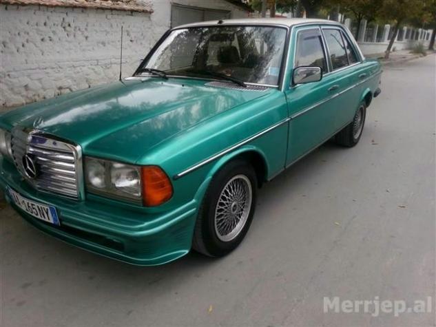 Mercedes-Benz 240 1983. Photo 2