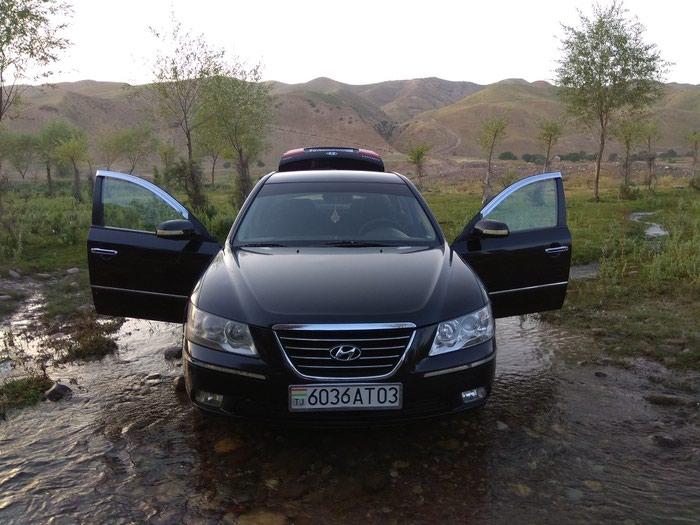 Hyundai Sonata 2011. Photo 1