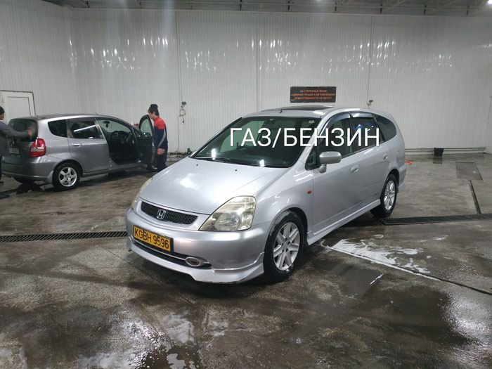 Honda Stream 2001 в Бишкек