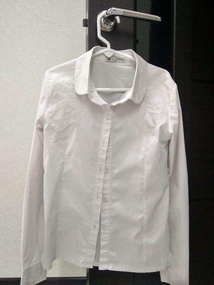 df2f1d0c4bf96e8 Продаю школьную рубашку на за 350 KGS в Бишкеке: Рубашки и блузы на ...