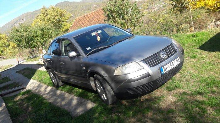 Volkswagen Passat 2002 - Raska