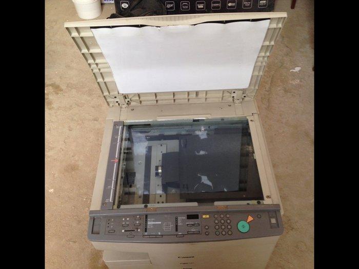 Bakı şəhərində Canon np 7161 printer aparatj satilir. Veziyyeti eladir.