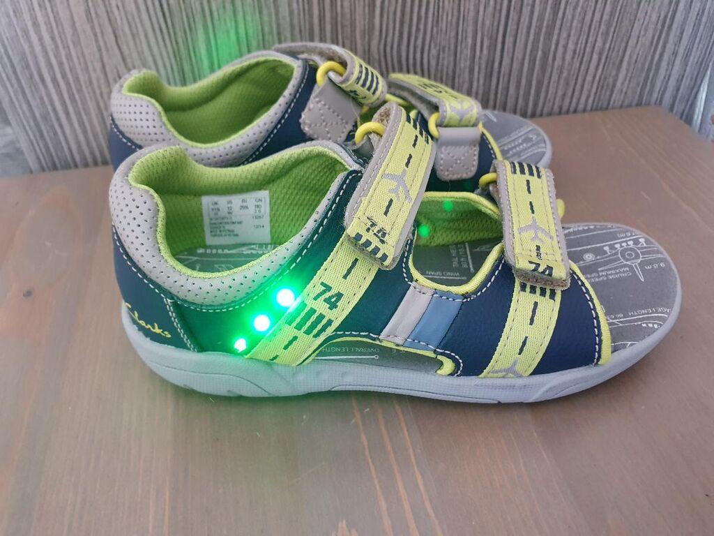 Новые сандали Clarks Англия 29 размер с лед подсветкой по цене ниже себестоимости!