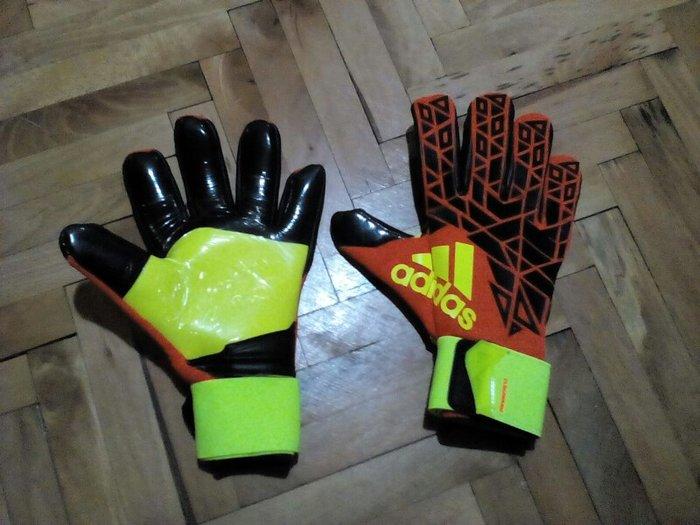 Golmanske rukavice a klasa 4 mm grip za sve vremenske uslove. Velicna  - Beograd