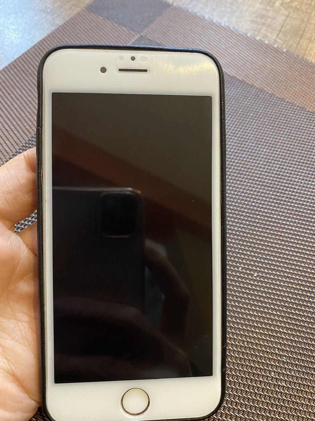Iphone 6. 16gb yaddasi. Ela veziyyetdedir. Hec vaxt ustada olmayib