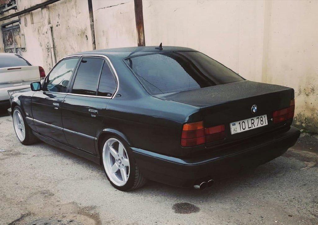 Zabrat şəhərində BMW 5 series 1995