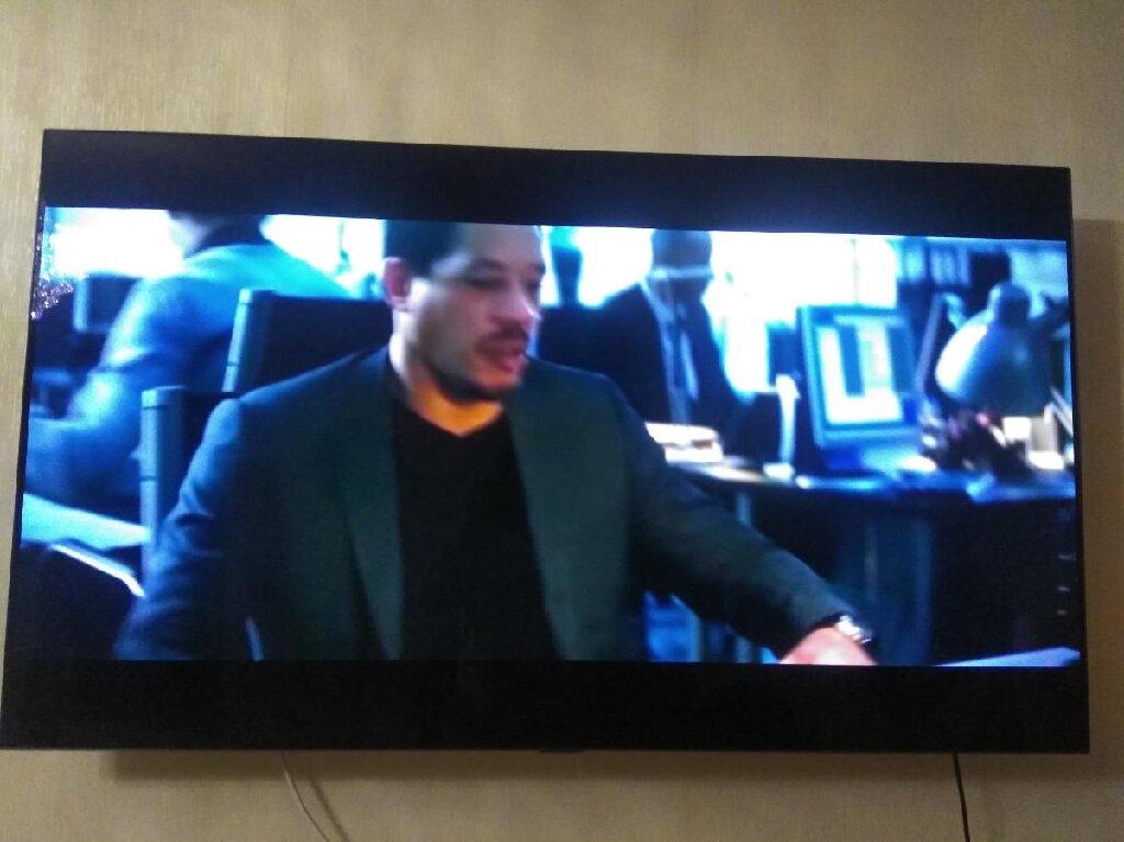 Səbail şəhərində 1 il once aliniboled televizor . Giymeti 4000 azn