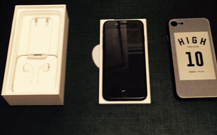 Apple iphone 7 black matte 128 gb  в Ёва
