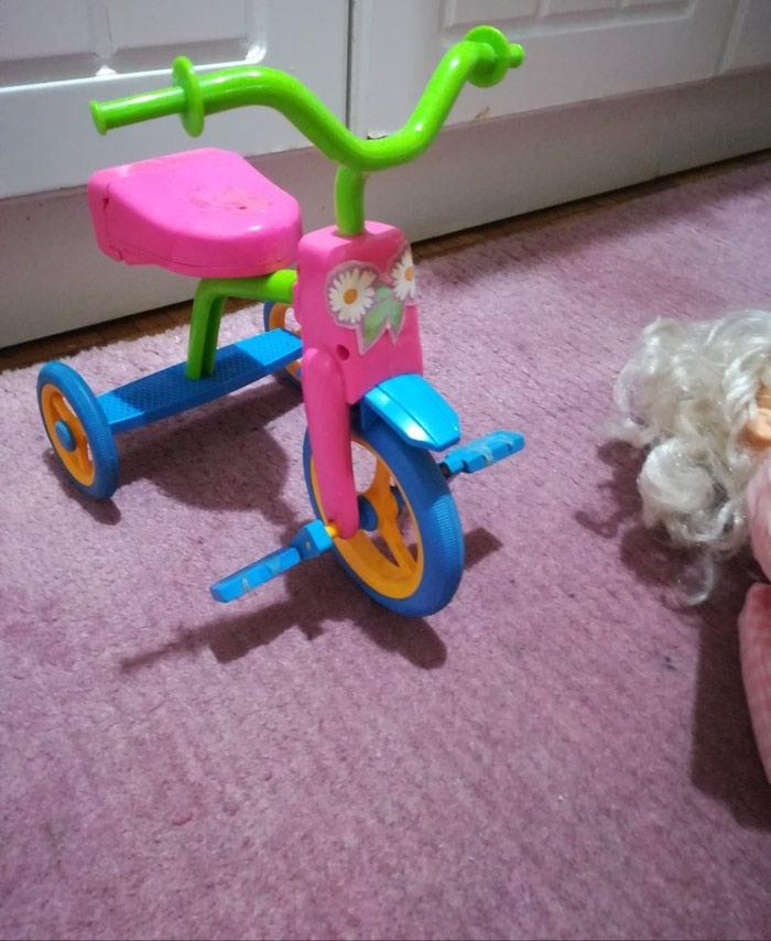 Prelepa lutka na. biciklu očuvana. Photo 3