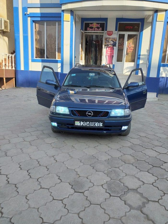 Opel Astra 1996. Photo 0