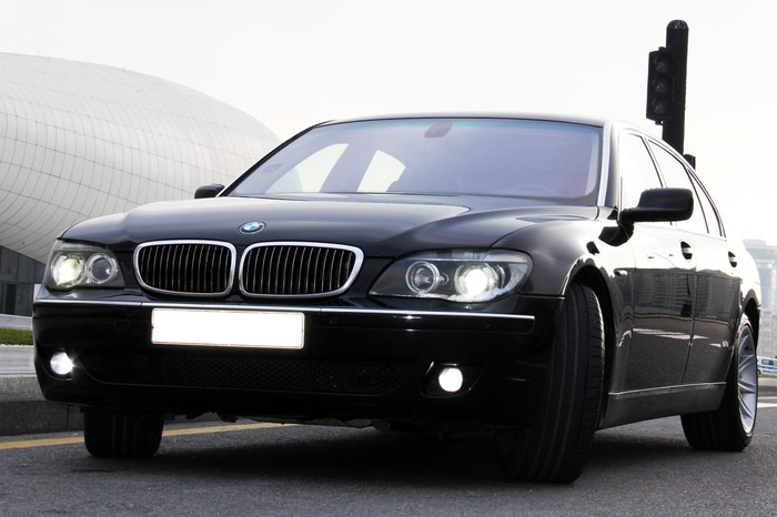 BMW 7 series 2006. Photo 0