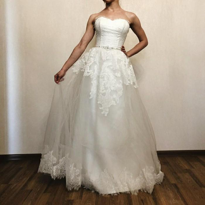 Новое (!) свадебное платье размер универсальный. Photo 2