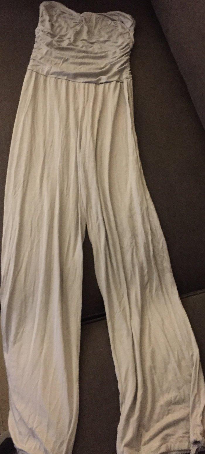 Ολόσωμη strapless βαμβακερή φόρμα . No small  Τιμή 5€ . Photo 0