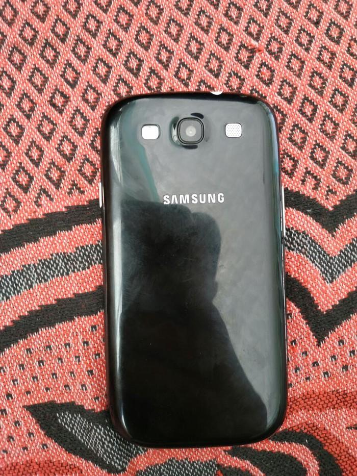 Б/у Samsung I9300 Galaxy S3 16 ГБ Белый. Photo 1