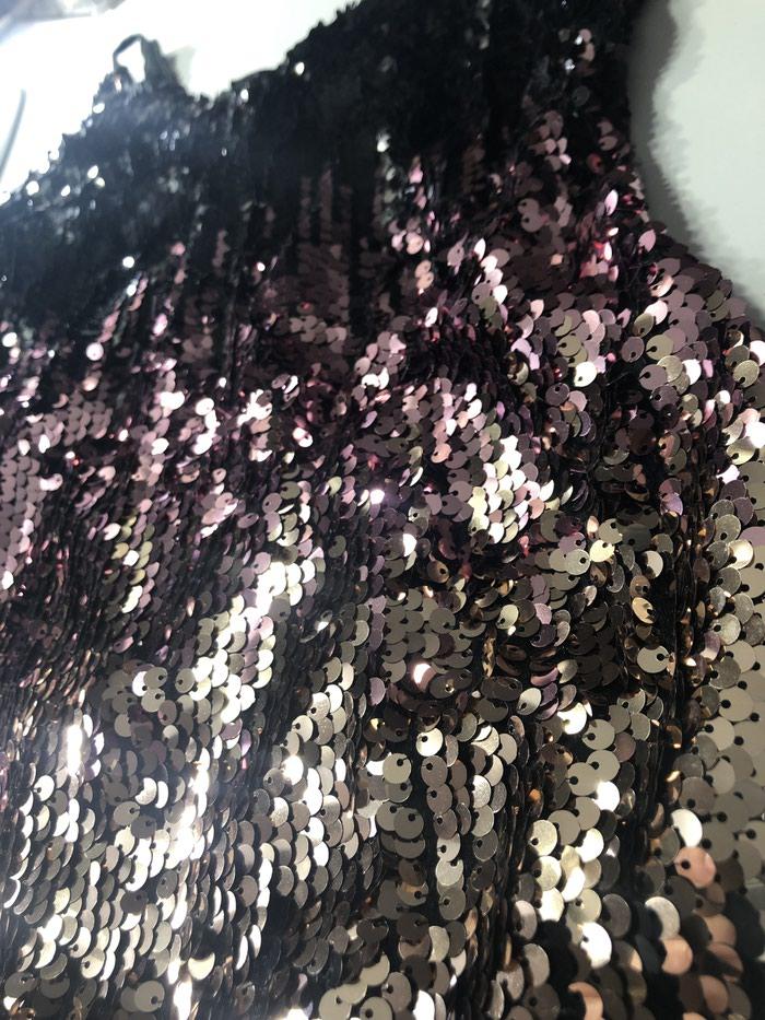 Svečana haljinica sa sljokicama,jednom nosena,bez ostećenja. Photo 1