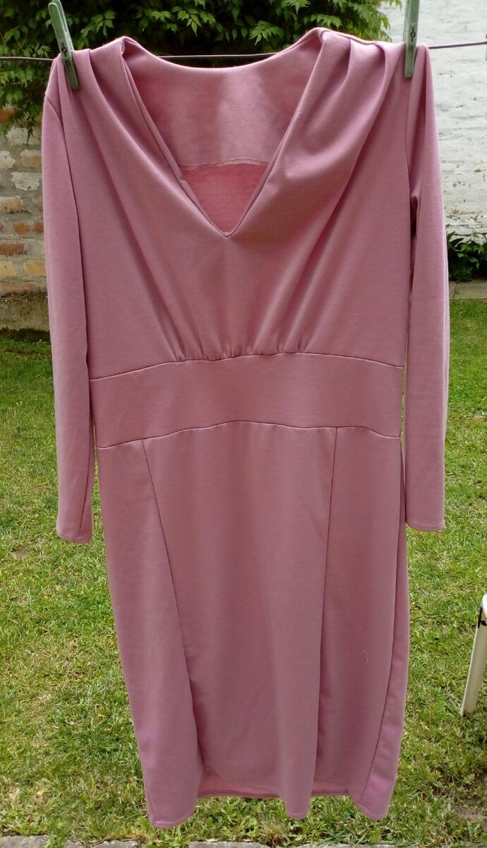 Haljina obim grudi 104cm