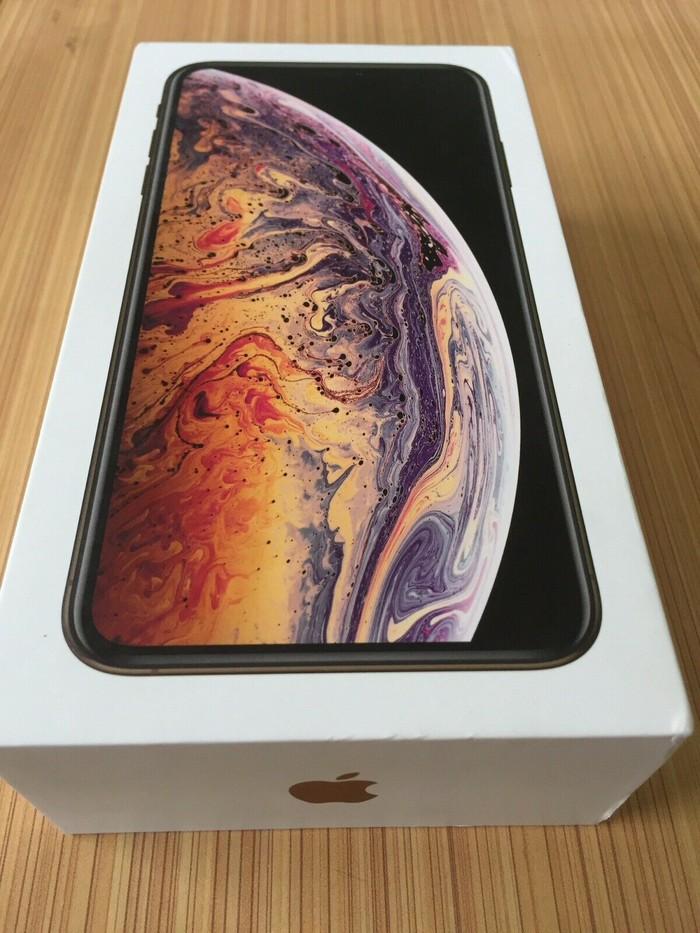 Apple iPhone XS Max 256 Unlocked black. Photo 0