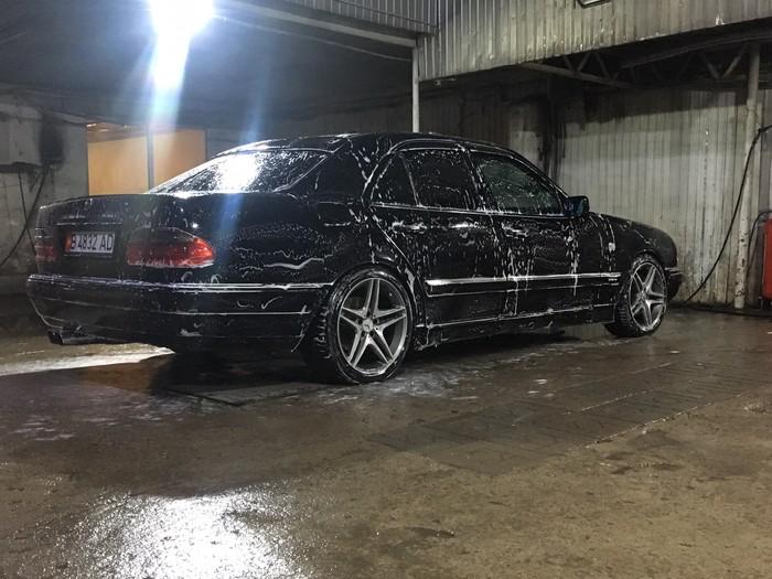 Mercedes-Benz E 430 1998. Photo 1