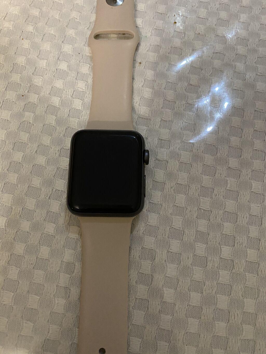 Черные Наручные часы Apple