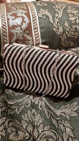 Τσαντάκι στρας με αλυσίδα - όμορφο αξεσουάρ ντυσίματος - διαστάσεις 18Χ12 εκ