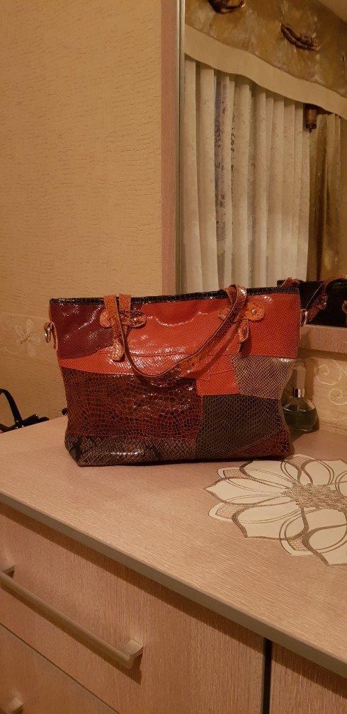 acf760f41b49 Продаётся сумка лазерная кожа за 1000 KGS в Бишкеке: Сумки на lalafo.kg