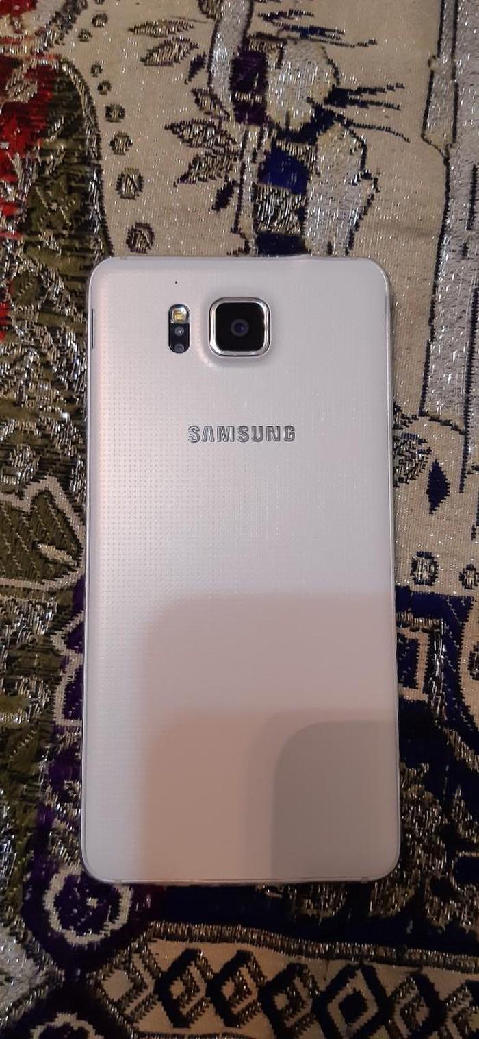 İşlənmiş Samsung Galaxy Alpha 32 GB ağ. Photo 1