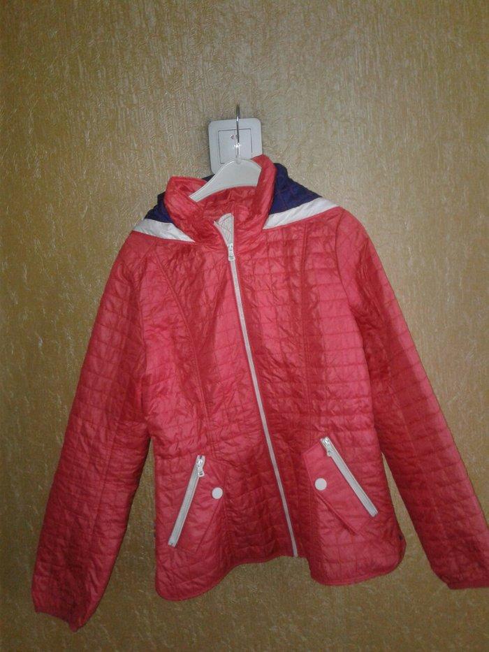 курточка деми... классная легкая и красивая.. размер158 на 10-12лет в Бишкек