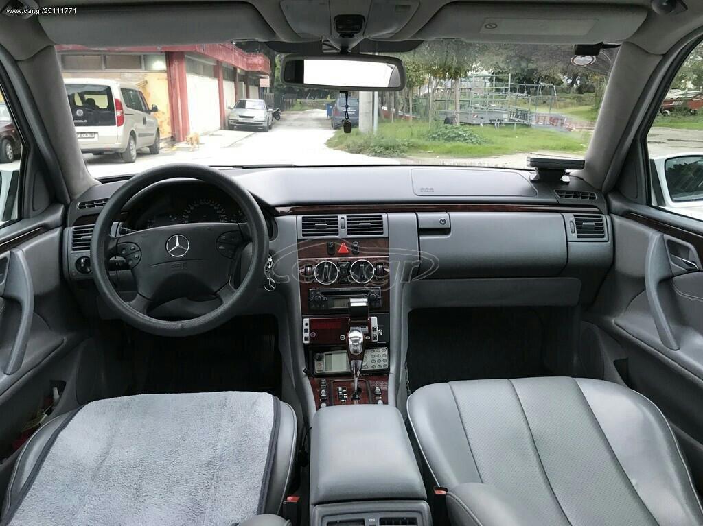 Mercedes-Benz E 220 2002