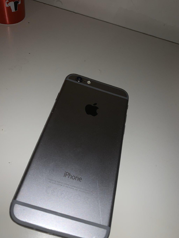 IPhone 6 μόνο για ανταλλακτικά έχει σπασμένη οθόνη