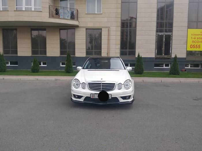 Mercedes-Benz E 320 2003. Photo 0
