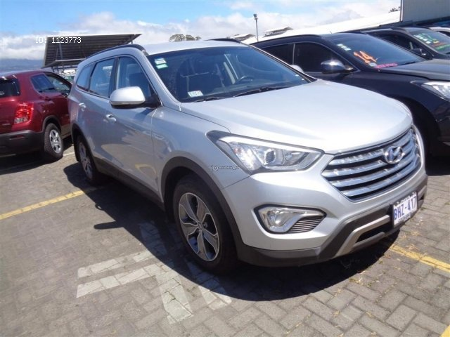 Hyundai Santa Fe 2015. Photo 0