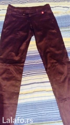 Nove satenske pantalone kupljene u inostranstvu, obučene samo jednom. Photo 1