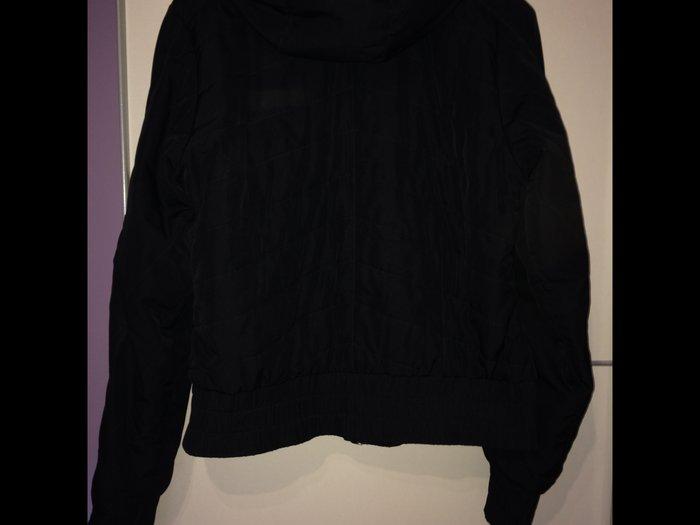 Nike original jakna u crnoj boji, kolekcija jesen-zima in Novi Sad