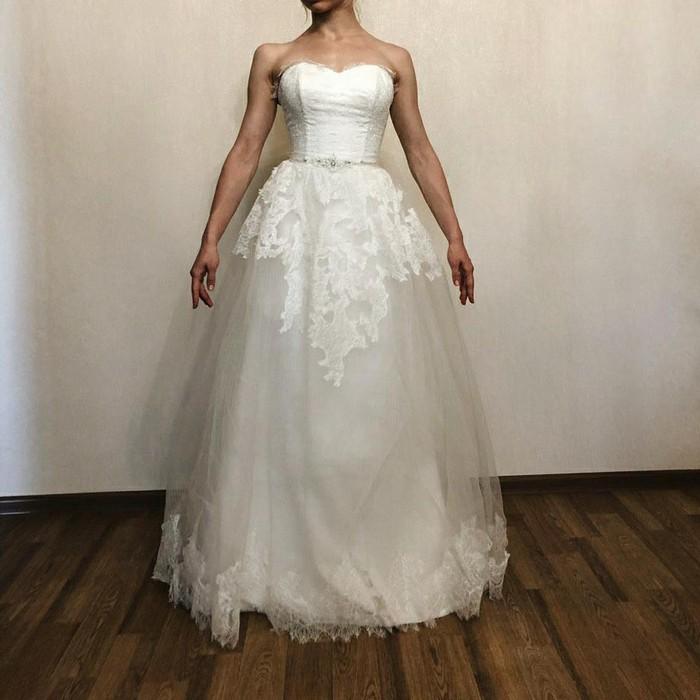 Новое (!) свадебное платье размер универсальный. Photo 0