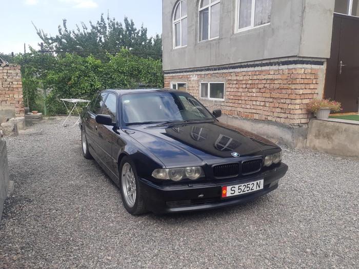BMW 740 2000. Photo 4
