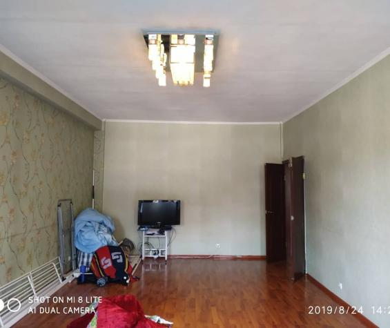 Продается квартира: 3 комнаты, 103 кв. м., Бишкек. Photo 2