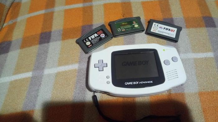 Game boy advance. Photo 2